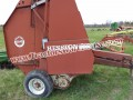 Hesston 5540 with electric tie and monitor used last season good