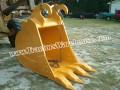 John Deere 330LC bucket